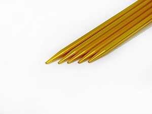 5 mm (US 8) A set of 5 double-point knitting needles. Length: 20 cm (8&). Material: Aluminum. 5 mm (US 8) Brand Ice Yarns, acs-29