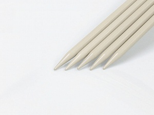 A set of 6 sizes  double-point knitting needles. Length: 30cm. Sizes: 5.5 mm (US 9), 6 mm (US 10), 7 mm (US 10 1/2), 8 mm (US 11), 9 mm (US 13), 10 mm (US 15) Brand ICE, acs-1100