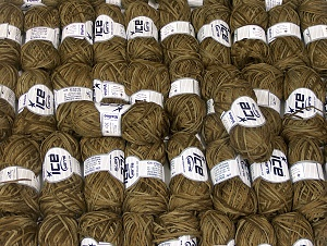 Violino This mixed lot includes a total of 2000 gr (70.5 oz.) yarn. There is no standard for ball weight. Also disregard any information on the labels. You will get what you see in the photo. Brand ICE, fnt2-64133