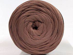 Make handbags,rugs,basket and cushion covers with this genius new-fashion yarn!<p>Since the yarn is made by upcycling fabrics, and because of the nature of the yarn; take the following notes into consideration. </p><ul><li>Fiber content information may vary. Information given about fiber content is approximate. </li><li>The yardage and weight information of the yarn is approximate. </li></ul> Fiber Content 95% Cotton, 5% Elastan, Terra Cotta, Brand Ice Yarns, fnt2-70332