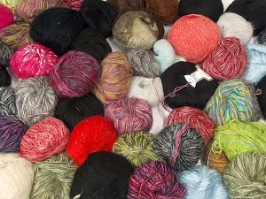 Leftover Yarns In this list; you see most recent 50 mixed lots. <br> To see all <a href=&/mixed_lots/o/4#list&>CLICK HERE</a> (Old ones have much better deals)<hr> Brand Ice Yarns, fnt2-70680