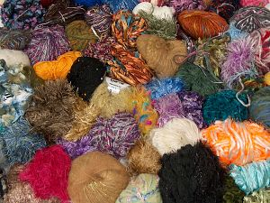 Leftover Yarns In this list; you see most recent 50 mixed lots. <br> To see all <a href=&/mixed_lots/o/4#list&>CLICK HERE</a> (Old ones have much better deals)<hr> Brand Ice Yarns, fnt2-70682