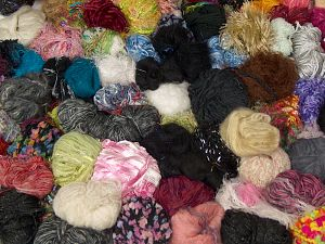 Leftover Yarns In this list; you see most recent 50 mixed lots. <br> To see all <a href=&/mixed_lots/o/4#list&>CLICK HERE</a> (Old ones have much better deals)<hr> Brand Ice Yarns, fnt2-70686