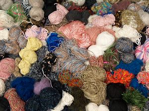 Leftover Yarns In this list; you see most recent 50 mixed lots. <br> To see all <a href=&/mixed_lots/o/4#list&>CLICK HERE</a> (Old ones have much better deals)<hr> Brand Ice Yarns, fnt2-70733