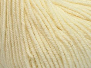 SUPERWASH MERINO is a worsted weight 100% superwash merino yarn available in 47 beautiful colors. Marvelous hand, perfect stitch definition, and a soft-but-sturdy finished fabric. Projects knit and crocheted in SUPERWASH MERINO are machine washable! Lay flat to dry. Fiber Content 100% Superwash Merino Wool, Light Cream, Brand ICE, Yarn Thickness 4 Medium  Worsted, Afghan, Aran, fnt2-42448