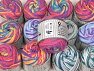 Cakes Air This mixed lot includes a total of 2000 gr (70.5 oz.) yarn. There is no standard for ball weight. Also disregard any information on the labels. You will get what you see in the photo. Contenido de fibra 50% Poliamida, 50% Acrílico, Brand ICE, fnt2-64103